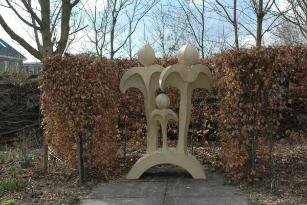 sculpture made of pirpur and Jesmonite acrylic stoneresin