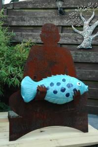 'Schaduwbeeld met Vis', 2011, CorTen/keramiek/as
