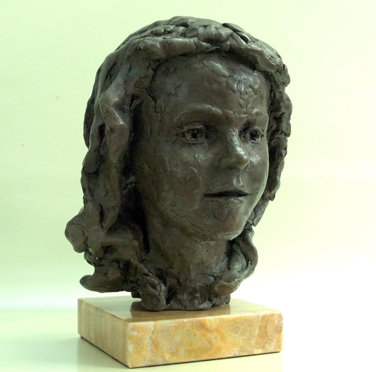 portrait-bust-Alice-IIb